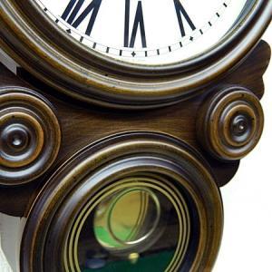 時計 クロック 掛け時計 掛時計 壁掛け時計 (ボンボン時計 時打ち だるま時計)(アンティーク、レトロなデザイン)(振り子時計)(アラビア文字):SsQ0t1A kagami 03