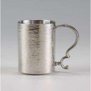 ・割れない・錆びないことから縁起の良い金属です。 ・焼酎やビール・洋酒と幅広くお使いいただけます。
