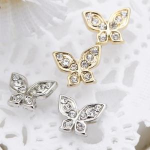 スタッドピアス チタン製ポスト 蝶々モチーフ 羽にストーンをちりばめて 日本製 低アレルギー プチサイズ バタフライ デイリーに シルバー ゴールド レディース