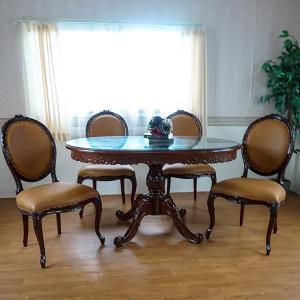猫脚とレリーフが綺麗なマホガニー製のテーブルセットです。  天板にはガラスがサービスで付きます。  ...