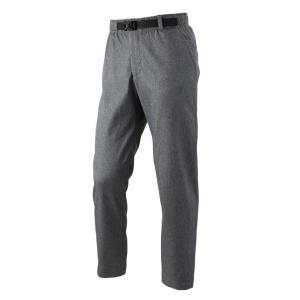 スマートには着こなせる、オフィスカジュアルにも使える細身のシルエットの九分丈パンツです。 動きやすい...