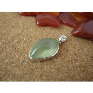 良質プレナイト(ぶどう石)Silver925ペンダントトップ3|kaicrystal