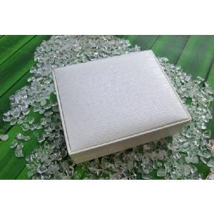 高級感アップ ブレスレット専用ケース ホワイト(ふちなし)|kaicrystal