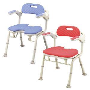 座位を安定させたい方におすすめ 折りたたみシャワーベンチIS/IU 肘掛け背もたれ付 シャワーチェア シャワー椅子|kaigo-scrio