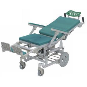 座面があがり、介護しやすいリクライニングシャワーキャリーです。  リクライニングをすることで、座面に...
