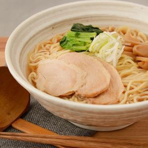 【商品特徴】 さんまだしに香ばしさが香るスープは細ちぢれ麺との愛称が抜群で一度食べればやみつきになる...