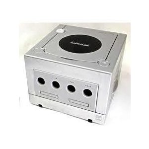【送料無料】【中古】GC ゲームキューブ NINTENDO GAMECUBE シルバー (本体のみ、ケーブル、コントローラーなし)|kaitoriheroes