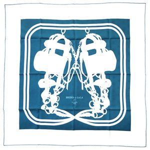 エルメス スカーフ H173129S04 HERMES ソルド カレ・タトゥアージュ 90CM ツイル シルク100% ABEILLES  BRIDES DE GALA TATOO ペトロール/ホワイト 31201|kaitsukedoh