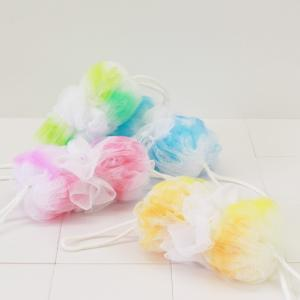 マーナ 背中も洗える シャボンボール オーロラ 全4色 泡立てネット シャボン ボディーブラシ ボディースポンジ ボディタオル 背中洗い|kajitano