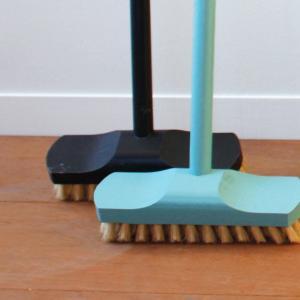 REDECKER デッキブラシ  レデッカー ほうき おしゃれ 玄関 バルコニー 大掃除 ブルー ブラック|kajitano