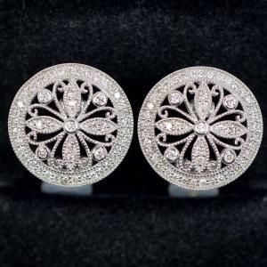 アンティーク調デザイン ダイヤモンド 1.04ct (0.52ct×2) K18WG ピアス|kaleid