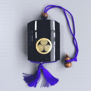 印籠 いんろう 薬籠 印籠巾着 葵の御紋 時代劇 芝居 祭り 小道具 踊り 黒 プラ|kameya