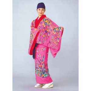 琉球 舞踊 衣装 ピンク 菖蒲 沖縄 民謡 紅型 打掛 洗える着物 踊り衣裳 舞台衣装 kameya