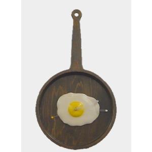 フライパンと目玉焼きの壁掛け時計|kamizen