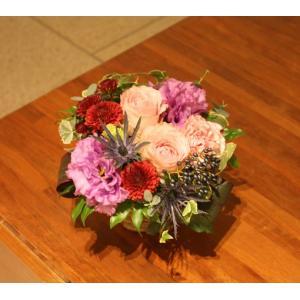 11月のアレンジメント:バラ(銀座花門) 花 ギフト 誕生日 プレゼント フラワー ギフト お祝い 記念日 結婚祝い 開店 オープン あすつく|kamon-hanay