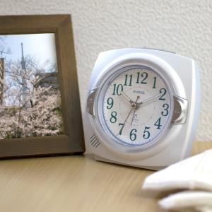 目覚まし時計 置き時計 アナログ メロディアラームクロック 音量調節 スヌーズ kanaemina