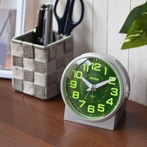 目覚まし時計 アナログ アラームクロック ライト自動点灯型 連続秒針 シンプル スヌーズ ライト付き|kanaemina