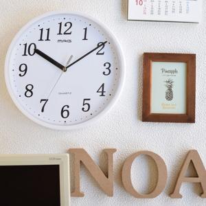 壁掛け時計 アクリル樹脂前面ケース 幅28cm プラスチッタ シンプル おしゃれ 防災 減災 連続秒針 kanaemina