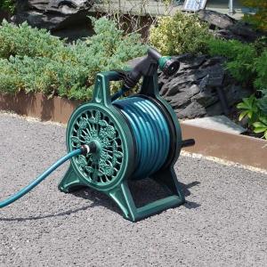散水用ホースリールセット 25m巻 グリーン アルミ鋳物フレーム 蛇口接続具ノズル一式セット 日本製|kanaemina