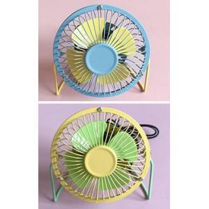おしゃれ 卓上扇風機 デザイン。 涼風が必要がある場所が適合されます。  ■サイズ:高さ15cm ■...