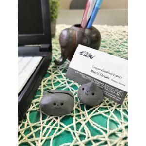 「須恵器」カードたて だえんさん/津軽金山焼 金山焼 陶器 日本製 手作り かわいい カード立て カードスタンド|kanayamayaki