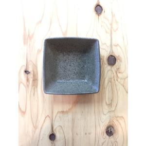 黒ひだすき 角サラダ鉢 小|kanayamayaki