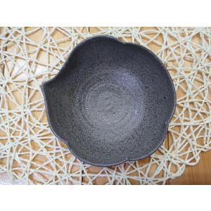 黒ひだすき 雲型鉢 (小)|kanayamayaki