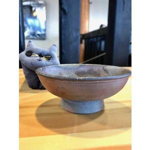 猫のフード入れ(高台あり)|kanayamayaki