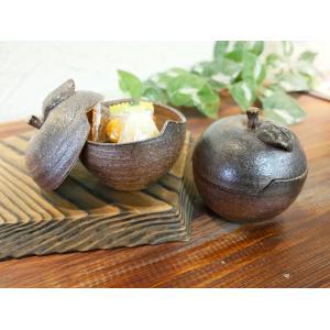 りんご小物入れ/津軽金山焼 金山焼 陶器 りんご 林檎 リンゴ りんご型 小物入れ おしゃれ かわいい 蓋つき 蓋物 林檎の蓋物|kanayamayaki