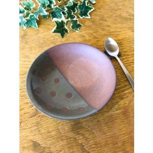 「林檎の森」浅鉢(水玉)/津軽金山焼 金山焼 陶器 日本製 手作り プレゼント 贈り物 おしゃれ 器 焼締 水玉 浅鉢 食器 かわいい パスタ皿 鉢|kanayamayaki
