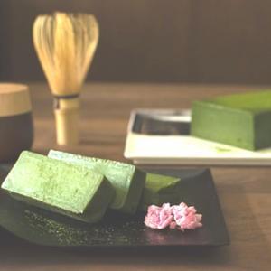 里山のオーベルジュ薪の音 抹茶のテリーヌ「里山」【ギフト】|kanazawa-honpo