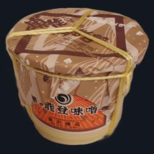 新出商店 天然醸造で自家製米麹使用 国産だから安心安全奥能登味噌 4kgタル入り|kanazawa-honpo