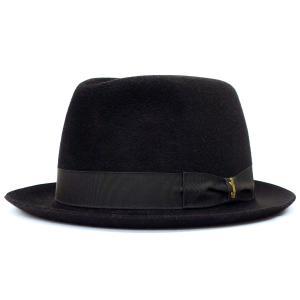 1857年に創業され、150年を経た今でも当時と変わらぬ伝統製法を守り続けている世界最高峰イタリア帽...