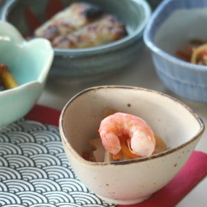 三角小付シロン 8×8×4.5(cm)日本製 美濃焼 業務用食器 おうち居酒屋 使いやすい食器 使いやすい小付 本格和食器 kaneroku