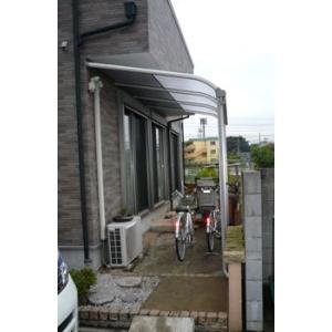 アルミテラス屋根 ヴェクターテラス屋根 YKK アール 1.5間8尺 柱標準タイプ 600N エクステリア|kantoh-house