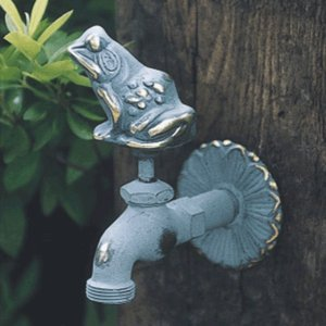 アニマル蛇口 カエル(青銅色)ガーデン 水回り|kantoh-house
