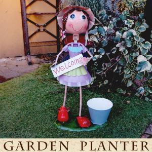 ブリキの人形 ガーデン用 オブジェ 人形  ブリキ製 ポット付き ウェルカム 高さ54cm 女の子|kantoh-house