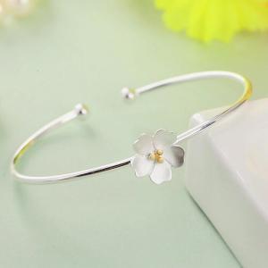 純銀 ブレスレット 腕輪 花柄 ハワイアンジュエリー シルバーアクセサリー レディース バングル・ブレスレット プラチナコーティング|kaoru-shop