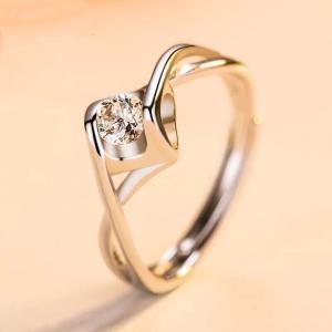 新商品セール!純銀指輪 レディース   シルバーリング  一粒 大人の輝き 女性 彼女 指輪レディース アクセサリー ジルコニア 925純銀 プラチナ|kaoru-shop