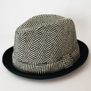 ニューエラ NEWERA 帽子 EK The Fedora Wool Herringbone (Black / White) / Wool Band フェードラ ウール へリングボーン ウールバンド ブラック/ホワイト|kappacraft