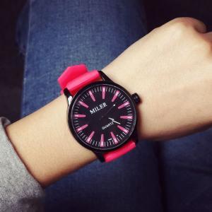 【送料無料】カラフル クラシック デザイン  ウォッチ 腕時計 ファッション アクセサリー カジュアル  男 女 兼 用 JS8033【メール便対応】 kasimaw