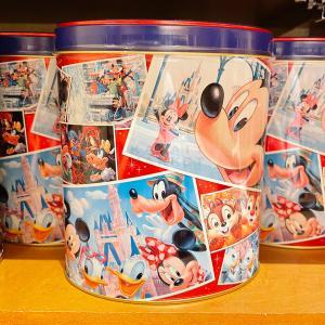 ドナルド ミッキー ミニー 缶入り チョコレートクランチ(ミルク&ストロベリー) ディズニーリゾート...