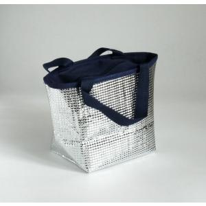 ○トート型の 保温・保冷バッグです。  サイズは、約28×11.5×高さ18cmです。  ファスナー...
