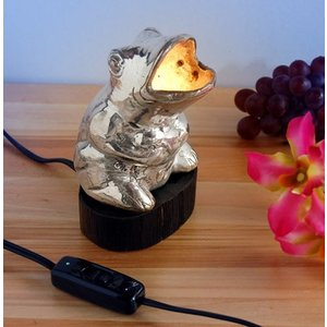 ホワイトメタル・カエルランプ(小さな照明 アジアン エスニック インドネシア)|kayseri-ya-jp