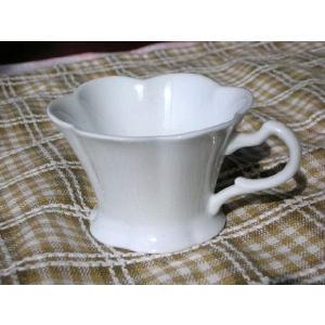 白磁フラワー型スフレカップ&デザートカップ★アウトレット品★ keepintouch