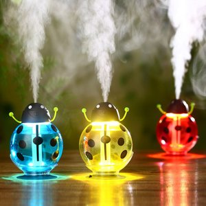 かわいい加湿器 てんとう虫 小型ミニ加湿器 USB加湿器 おしゃれなLEDイルミネーション  usbjs-22-l70208|keitaicase