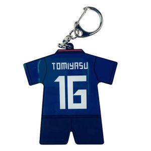 サッカー日本代表、キーホルダー。 定番のサポーターズアイテム。アクリルタイプのユニフォームチャーム。...