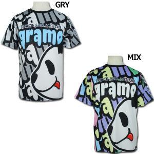 イタリア語の「感謝」と「世界」を意味するグラモ、半袖プラクティスシャツ。 パンダ×gramoロゴデザ...