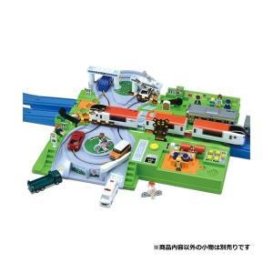 トミカと遊ぼう!DX踏切ステーション 新品プラレール   タカラトミー セット (弊社ステッカー付) kenbill