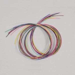竹刀を仕組む際に必要な弦(ツル)です。  色は『白』、『黄』、『紫』、『赤』、『青』、『緑』、『黒』...